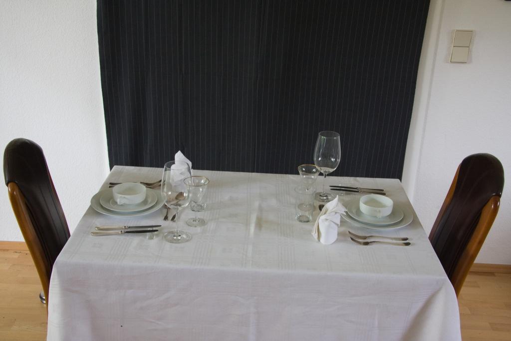 Tisch Essen Tafel vornehm
